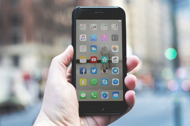 3 Common iPhone Battery Problems & How To Fix Them