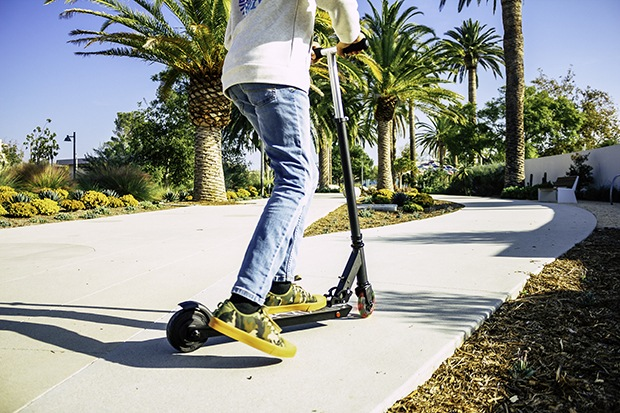 Best Electric Scooters Under $200 – 2020