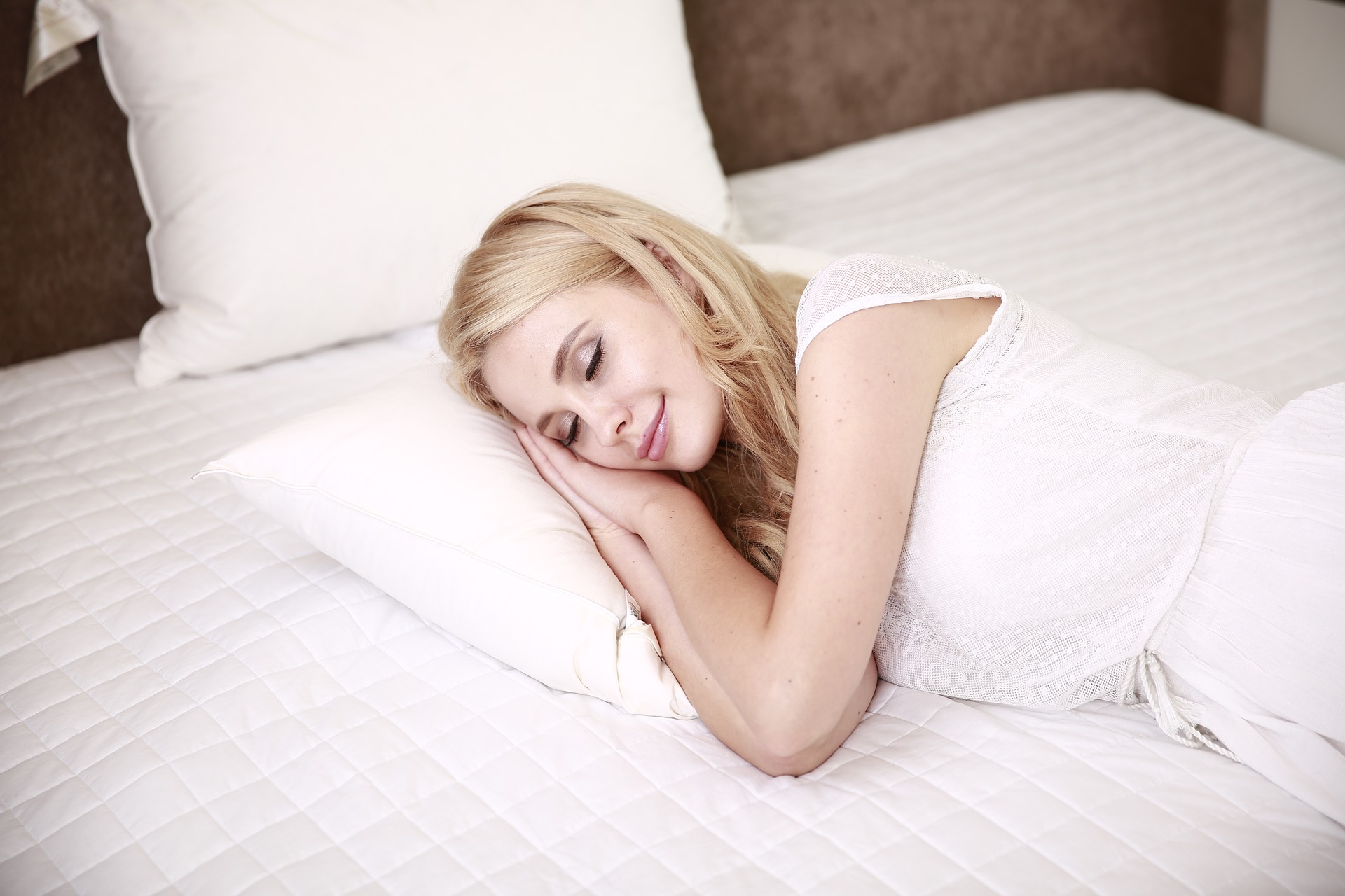 4 Incredible Ways Technology Can Help You Sleep Better