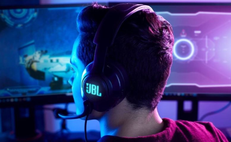 JBL Quantum 400 Over-Ear Gaming Headset