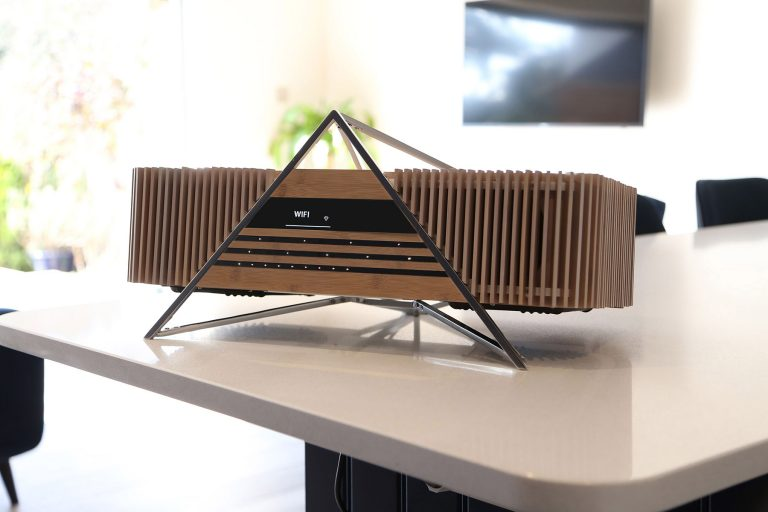 iFi Aurora Wireless Bamboo Music System